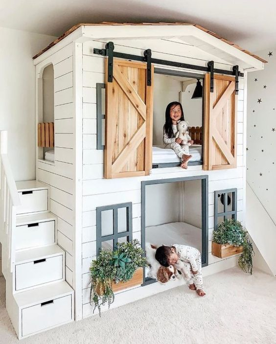Kids bunk bed house playroom